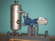 Vakuum-Anlage auf der Grundlage einer Wälzkolbenpumpe und einer Drehschiebervakuumpumpe PVR EU 1000